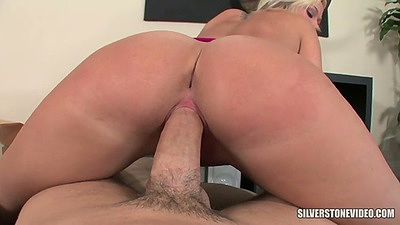 Nice round ass Molly Rae reverse cowgirl pov sex with big dick sucking