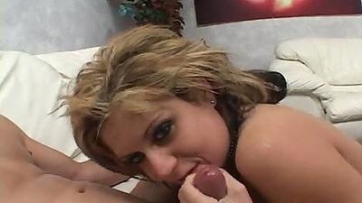 Blowjob with smiling blonde Tyla Wynn