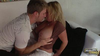 Big boobs milf Samantha Lee blowjob and mature suck