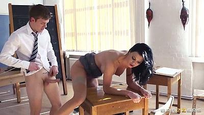 Teacher and student college desk fuck with Jasmine Jae