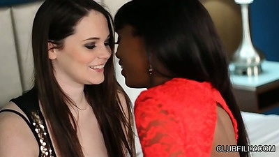 Ebony Tessa Lane and Anna Foxxx lesbian make out scene