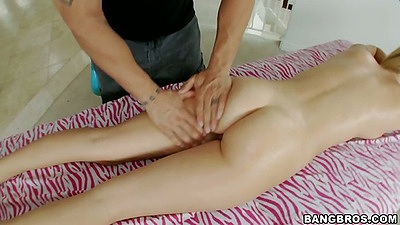 Natalia Starr oil massage after workout all sweaty and horny