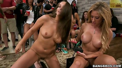 Machines sex with college group fuck with Rose and Jamie Valentine and Capri Cavalli