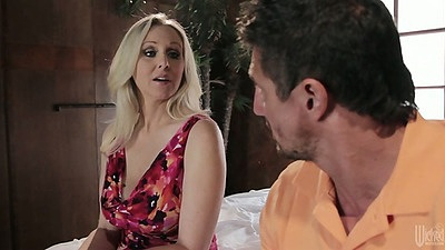 Blonde milf Julia Ann dressed up in the skirt