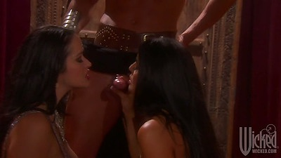 Mikayla Mendez and Carmella Bing threesome sexy bitch wet blowjob