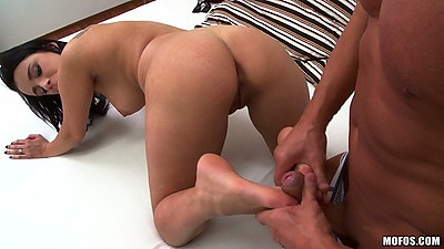 Footjob and old man young girl action with Kirsten Plant