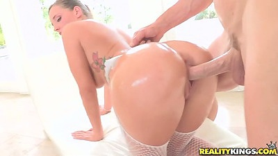 Great curvy ass doggy style with Jamie Jackson and a finger thumb up her anus