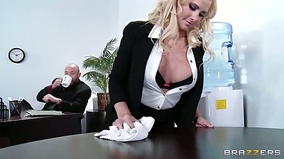 Blonde office worker Jessica Nyx seducing her co worker