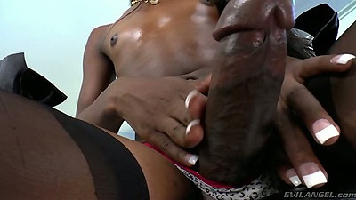 Transsexual Kourtney Dash shows the goodies