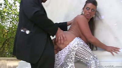 Standing fuck and anal entry from sexy all dressed up super babe Sexy Susi