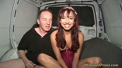 Teen amateur Veronique in the back of the fuck van