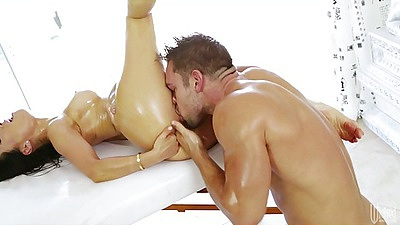 Pussy licking and fingering small tits asian chick on massage table Asa Akira