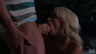 Night time blowjob and sex with juicy blonde Stormy Daniels