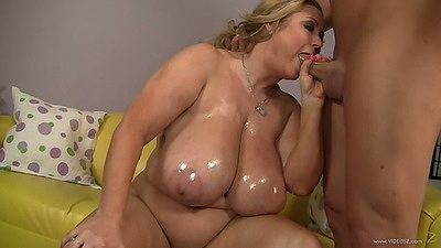 Samantha 38g oiled up huge tits on this bbw girl