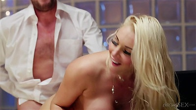 Blonde doggy style and sideways fuck with valentine Victoria Summers