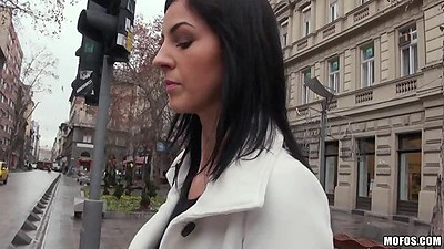 Street pick up with Meg Magic that does perfect zero gag deep throat