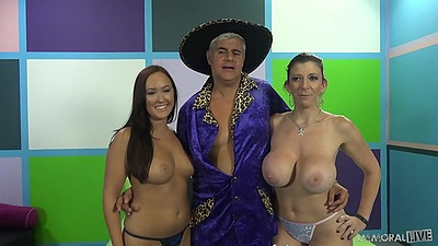 Big tits threesome with sex lesson milf Sara Jay and Holly Hudson