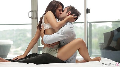 Kissing an intimate first love sex session