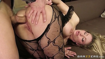 Doggy style anal and ass to mouth deep throat with maid Vittoria Risi