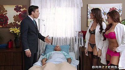 Doctor bras and panties threesome suck Madison Ivy and Kortney Kane