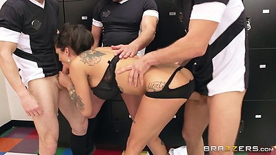 Squirting sluts group gang bang with double penetration Bonnie Rotten