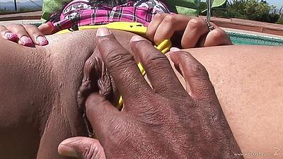 Fingering ebony young 18 yo girl outdoors and blowjob Tess Morgan
