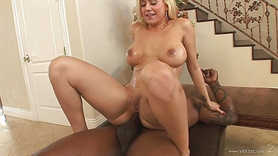 Reverse cowgirl interracial milf anal stretching with Mariah Madysinn