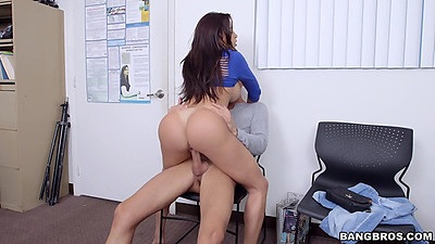 Audition fuck with super hot latina milf Julianna Vega