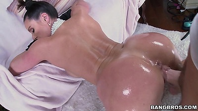 Big juggs Kendra Lust milf oil fuck from behind and nice view of curvy ass