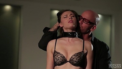Bdsm fetish with Casey Calvert getting maledom all over her